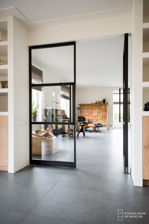 Iets Nieuws Nieuwste interieur trend: Zwarte deuren (verven) - UrStyle &BL42